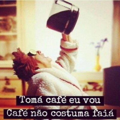 Tomá café