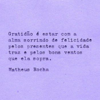 Gratidão é estar com a alma sorrindo