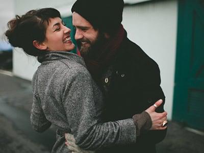 20 mensagens de aniversário de namoro que vão provar todo o seu amor