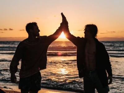 40 mensagens de agradecimento aos amigos que reforçam essa amizade