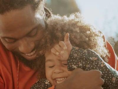 40 mensagens de filha para pai que demonstram sua afeição